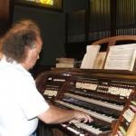 Koncert organowy w Wieprzy k. Żywca, rok 2007 (fot. z archiwum artysty)